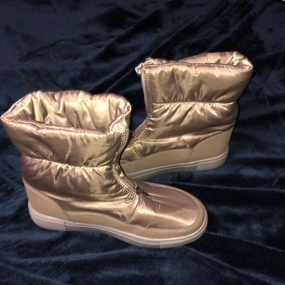 2/$16 Capa de Ozono winter boots